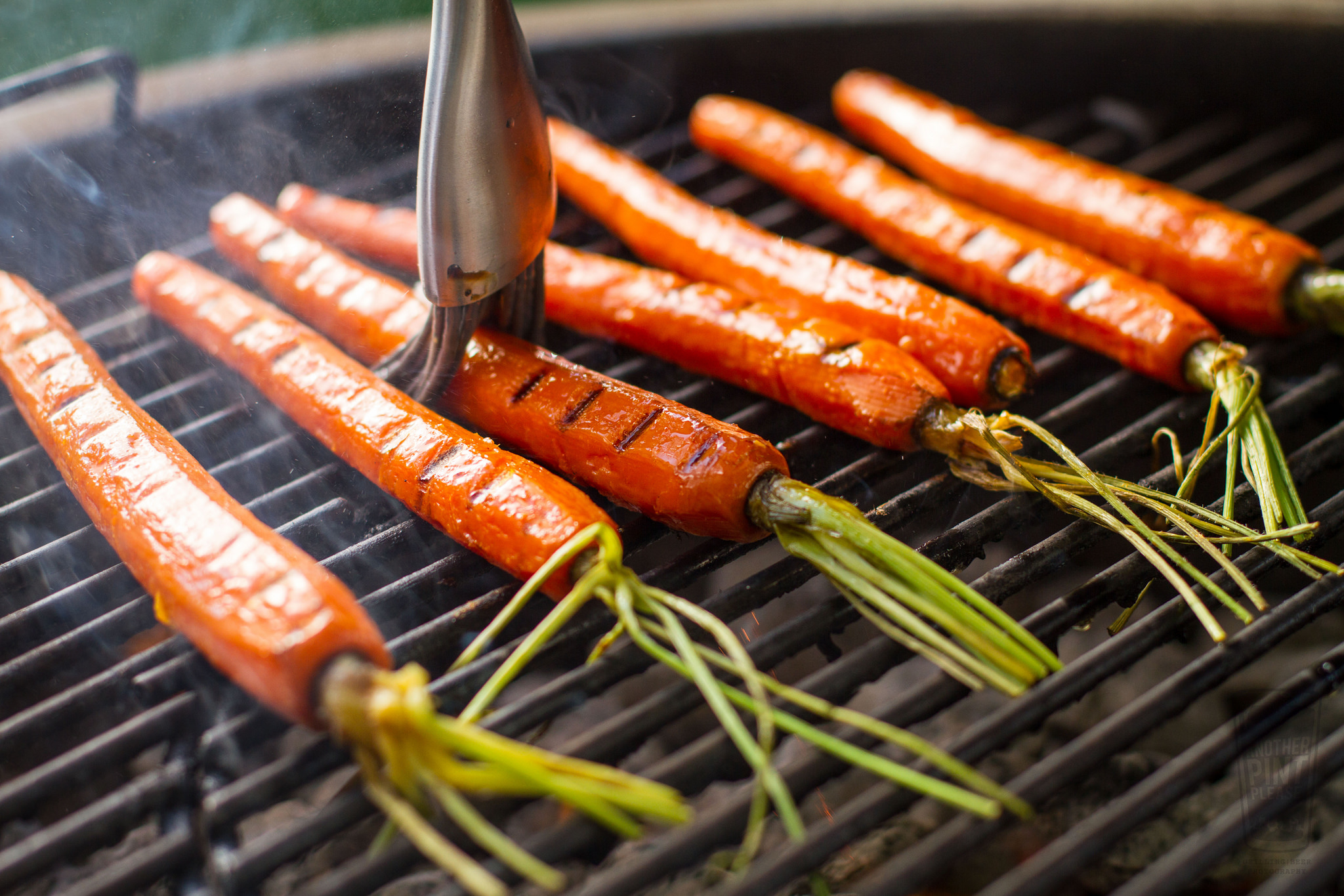 grilled carrots on weber kettle.jpg