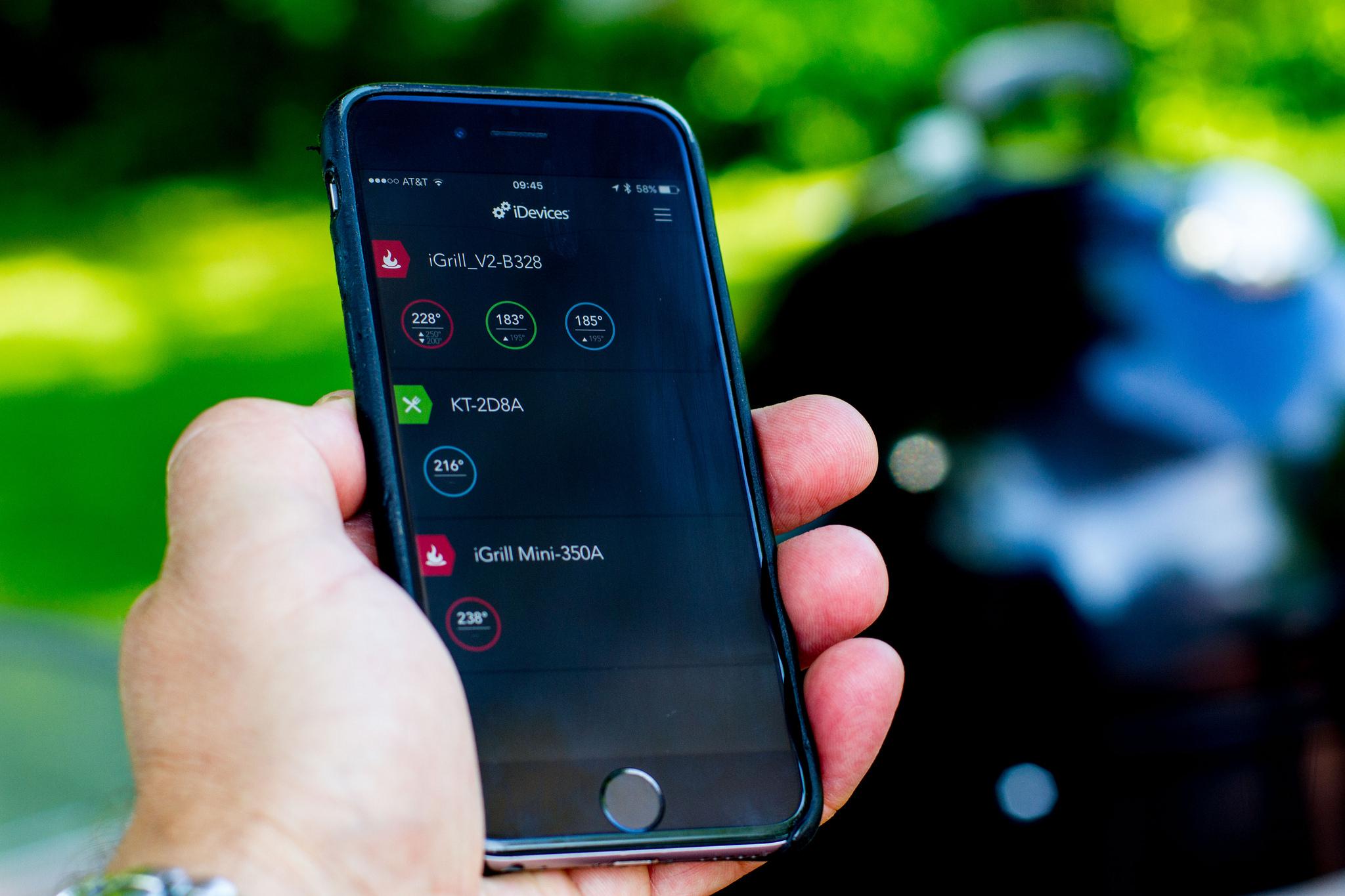 iphone with igrill app.jpg