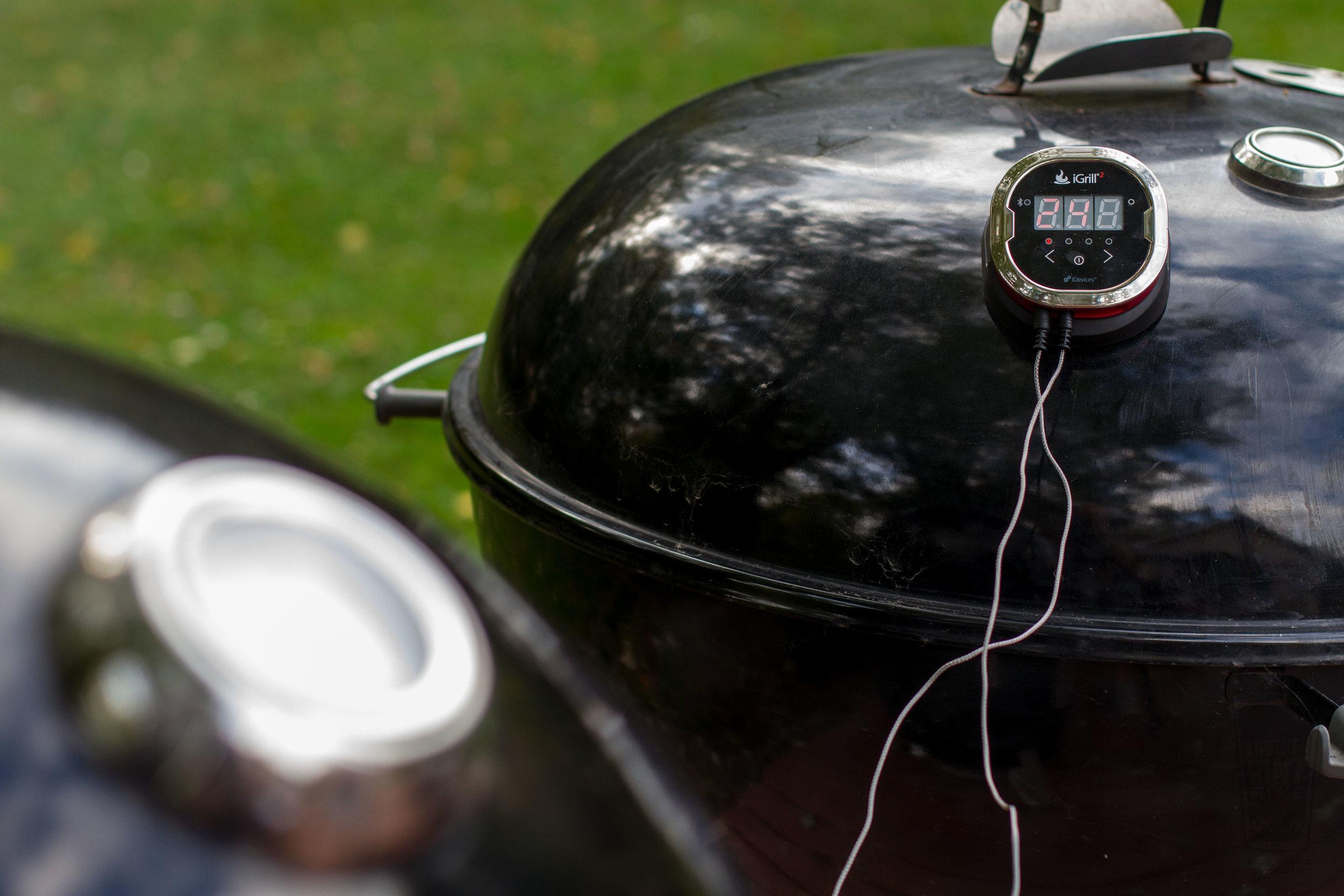 igrill2 on weber kettle.jpg