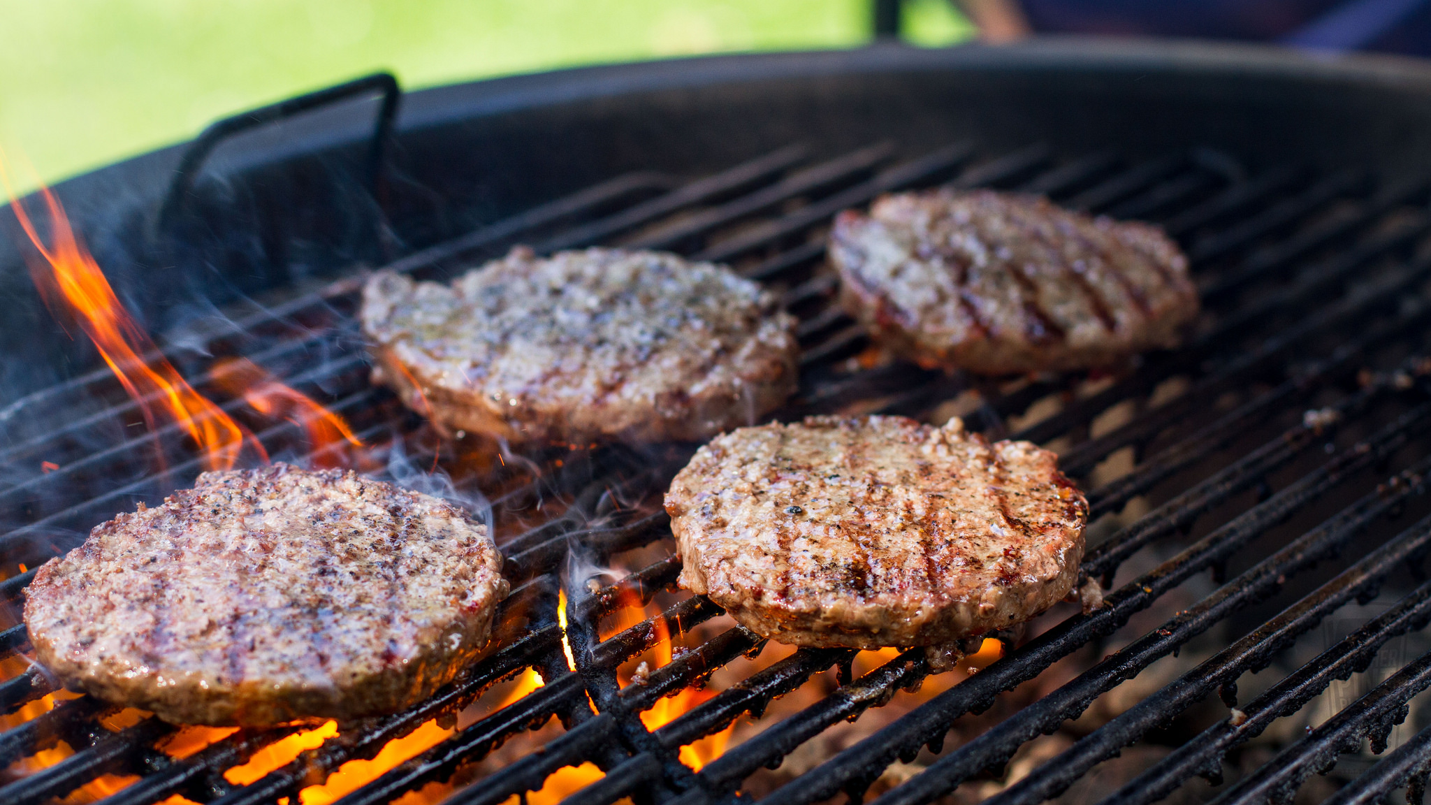 burgers on weber summit charcoal grill.jpghttps://www.flickr.com/photos/anotherpintplease/30252890562
