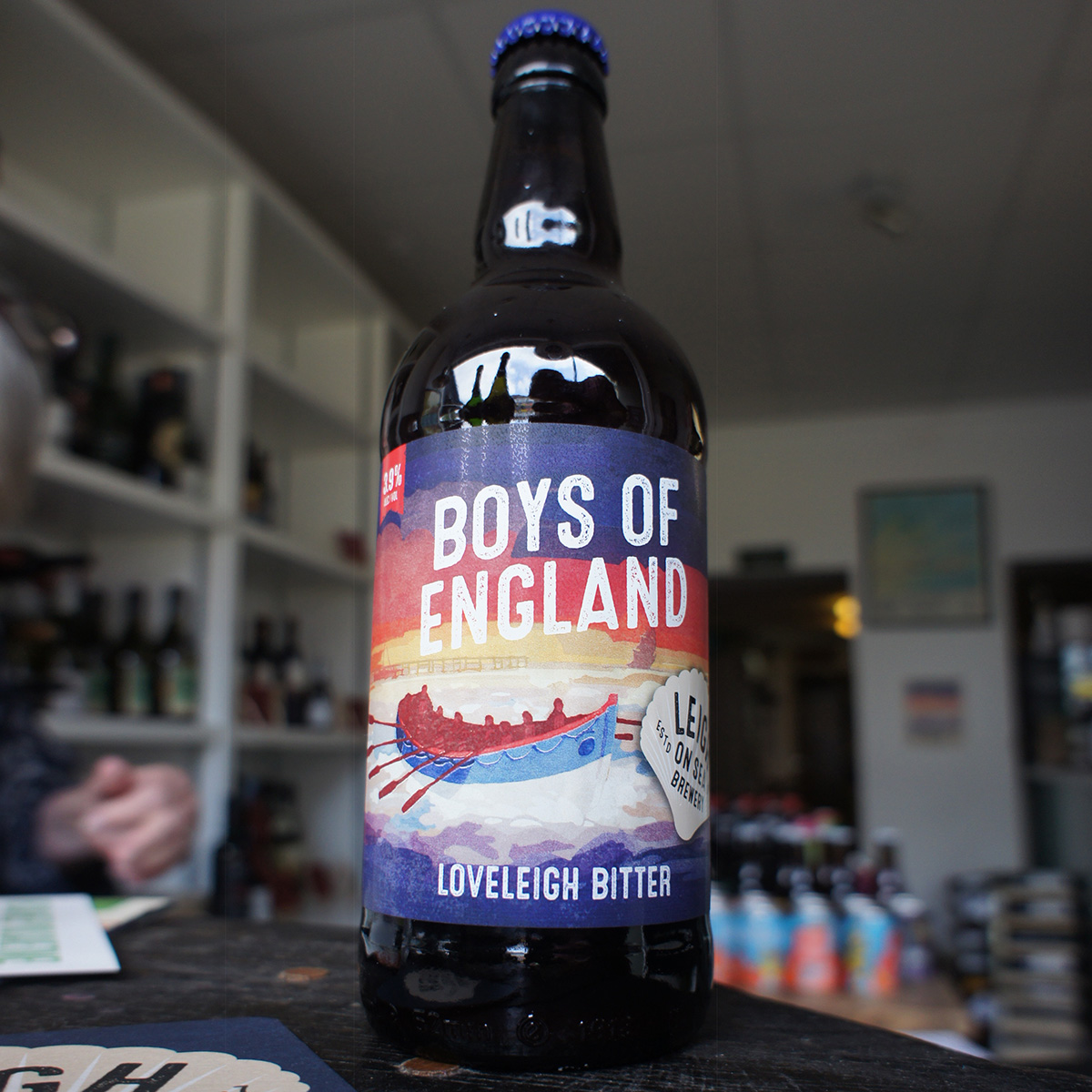 Boys of England beer bottle un Fleur de Leigh