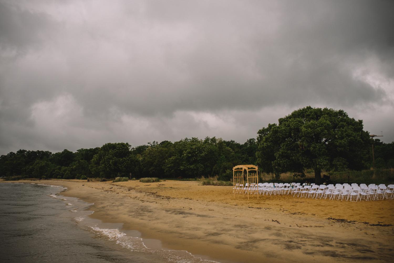 annapolis beach wedding in the rain-50.jpg