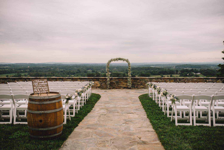rachel and greg bluemont vineyard virginia wedding-5.jpg