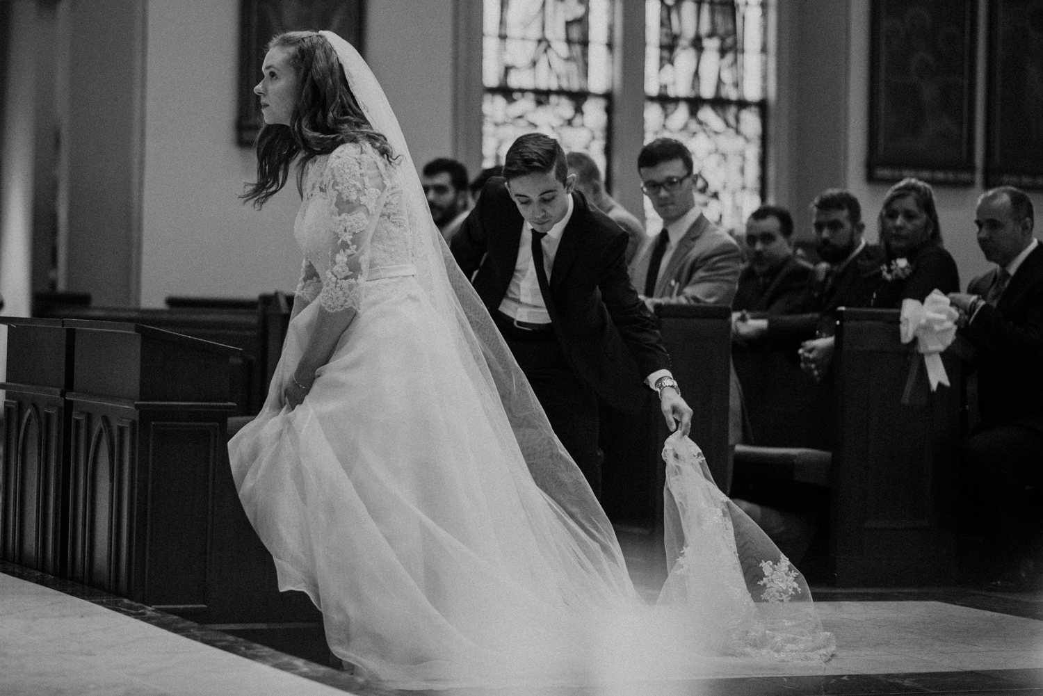 allison-christopher-old-saint-marys-catholic-wedding-31.jpg