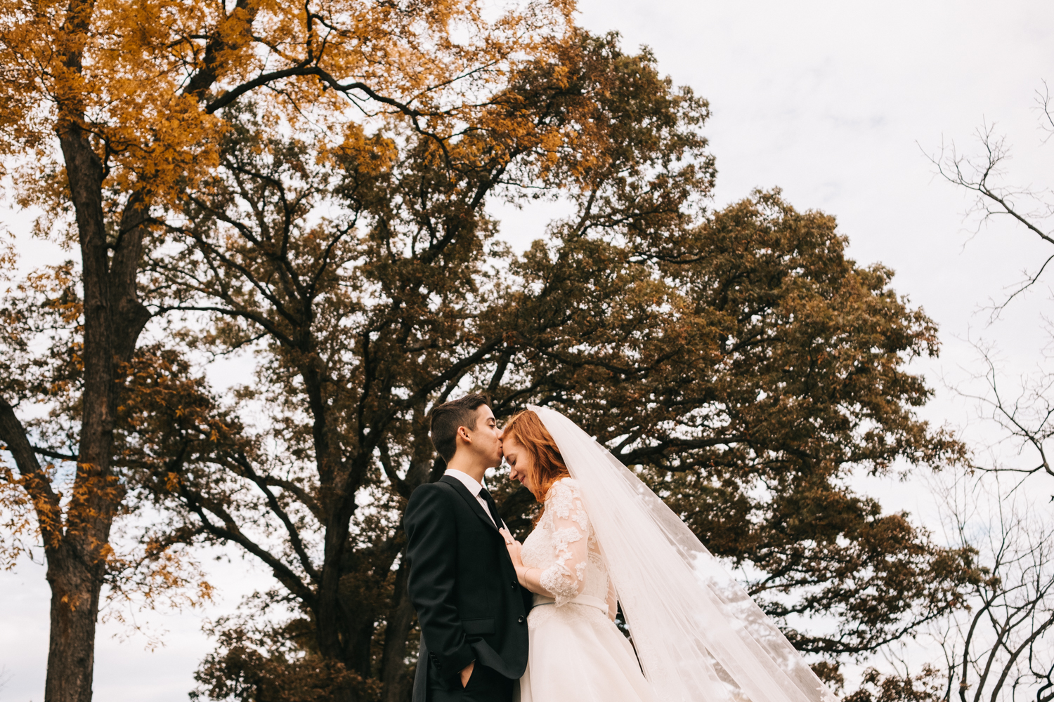 autumn virginia wedding picture