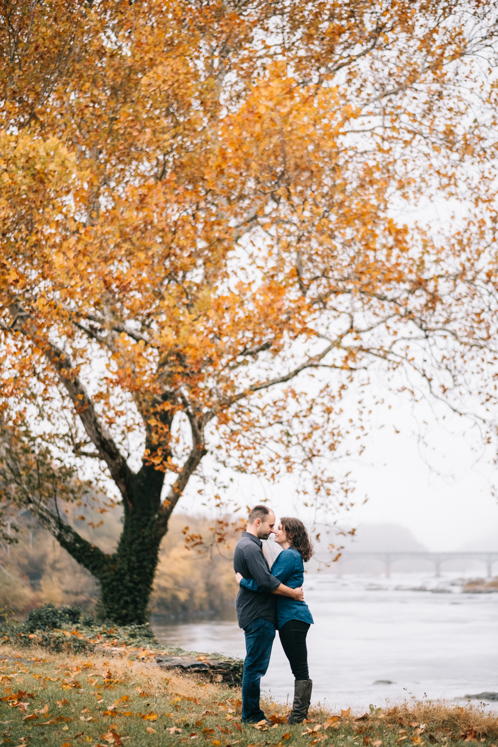 harpers ferry hiking mountain engagement session-7.jpg
