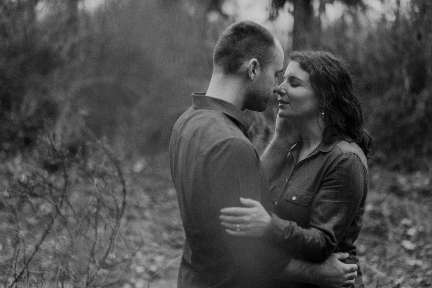 harpers ferry maryland heights romantic engagement photo