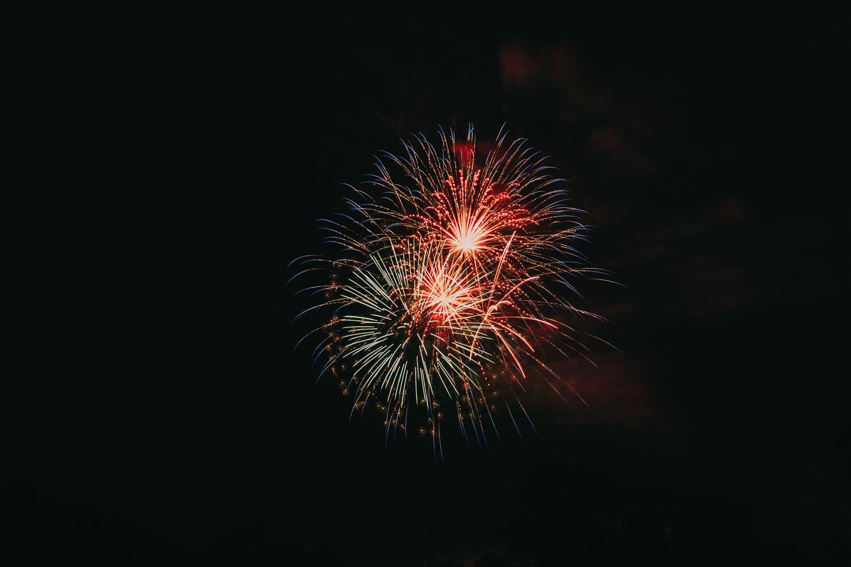 Leesburg VA Ida Lee Fireworks-2.jpg