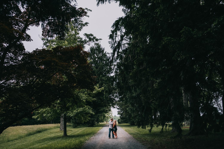 morven park engagement pictures virginia adventure couples