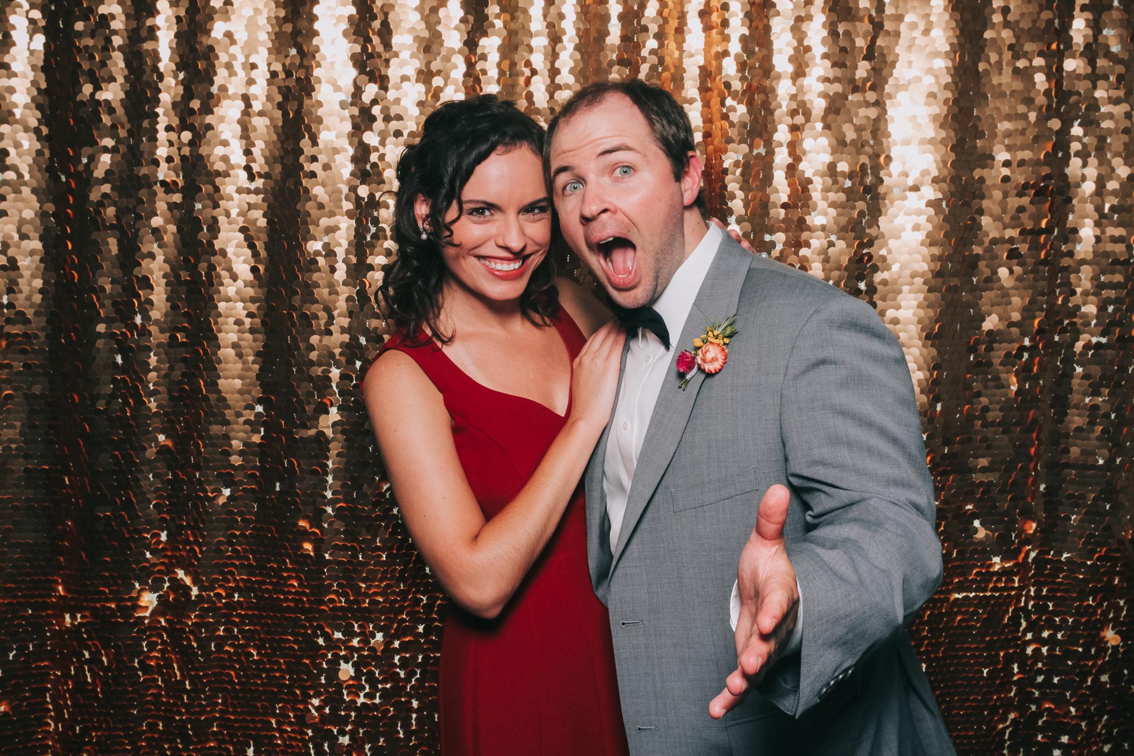 baltimore rusty scupper wedding photo booth-13.jpg