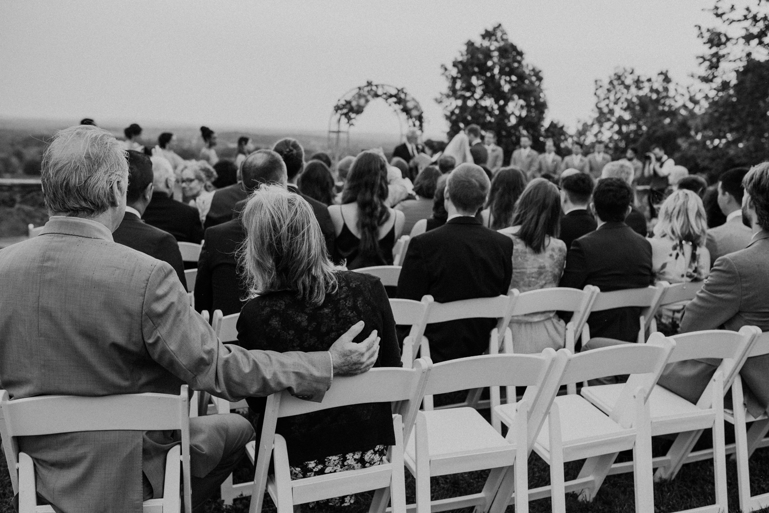 bluemont vineyard wedding virginia-72.jpg