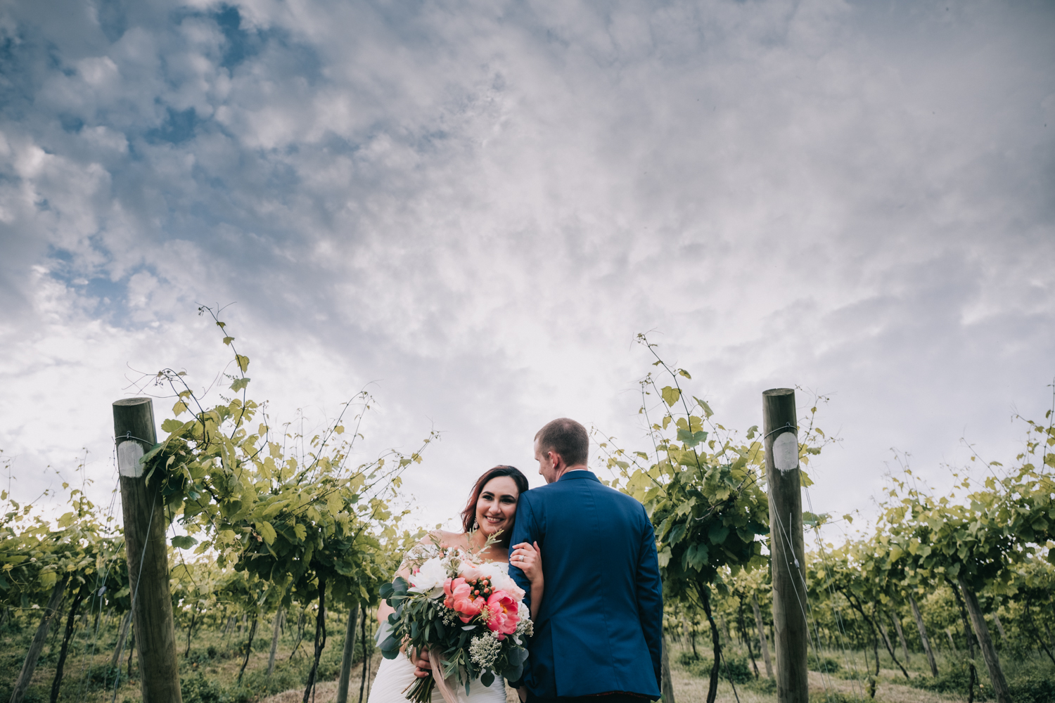 weddings in loudoun bluemont vineyard wedding portrait