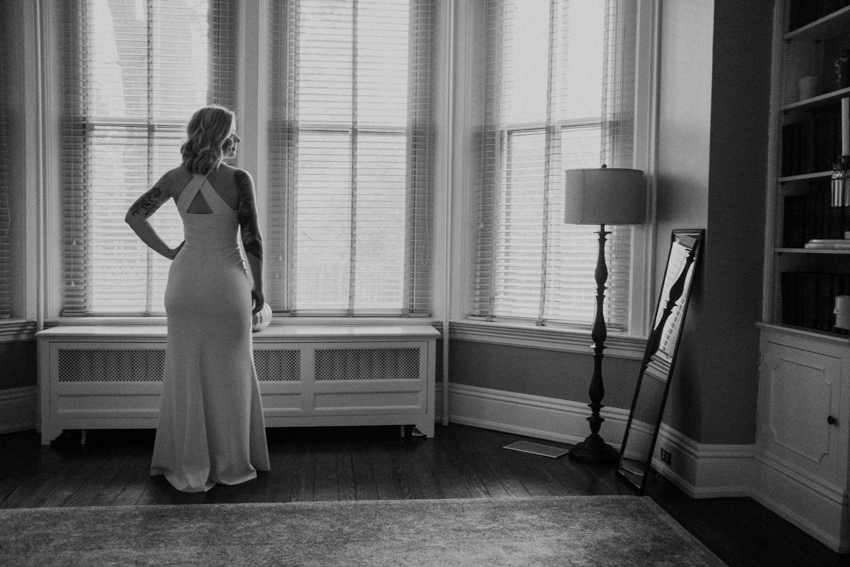 bride getting ready washington dc tudor place wedding