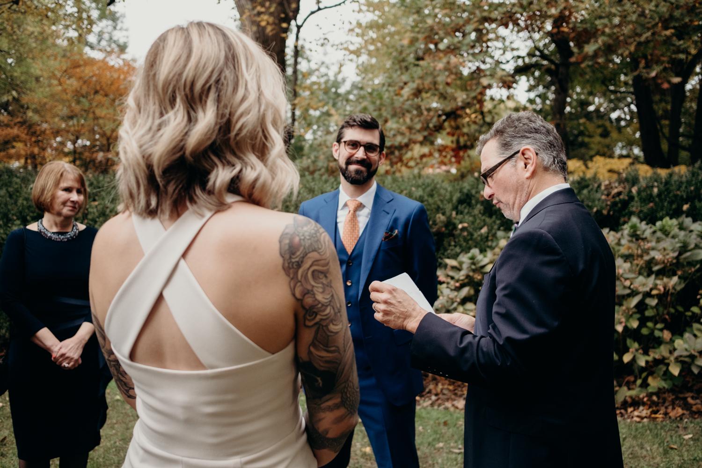 tudor place intimate dc wedding-30.jpg