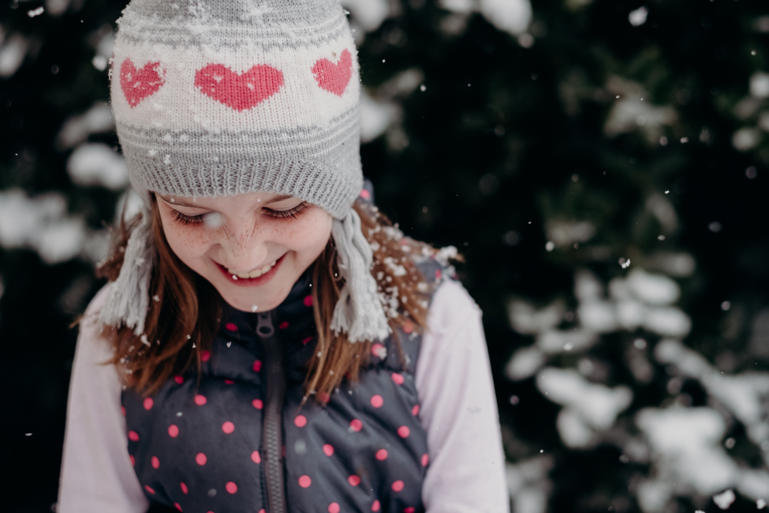 sisters and snow-3.jpg