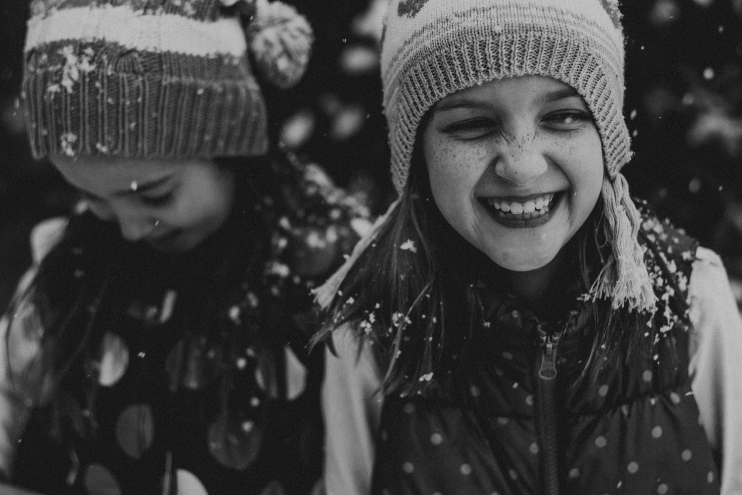 sisters and snow-9.jpg