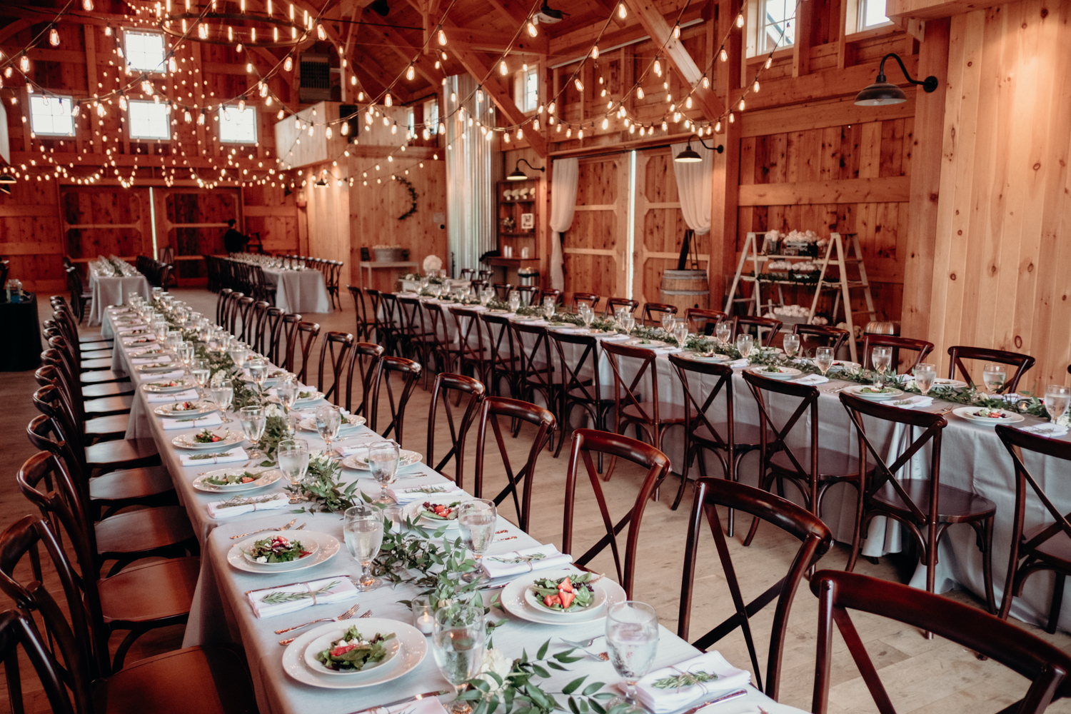zion springs reception barn dinner setup for loudoun county wedding venue