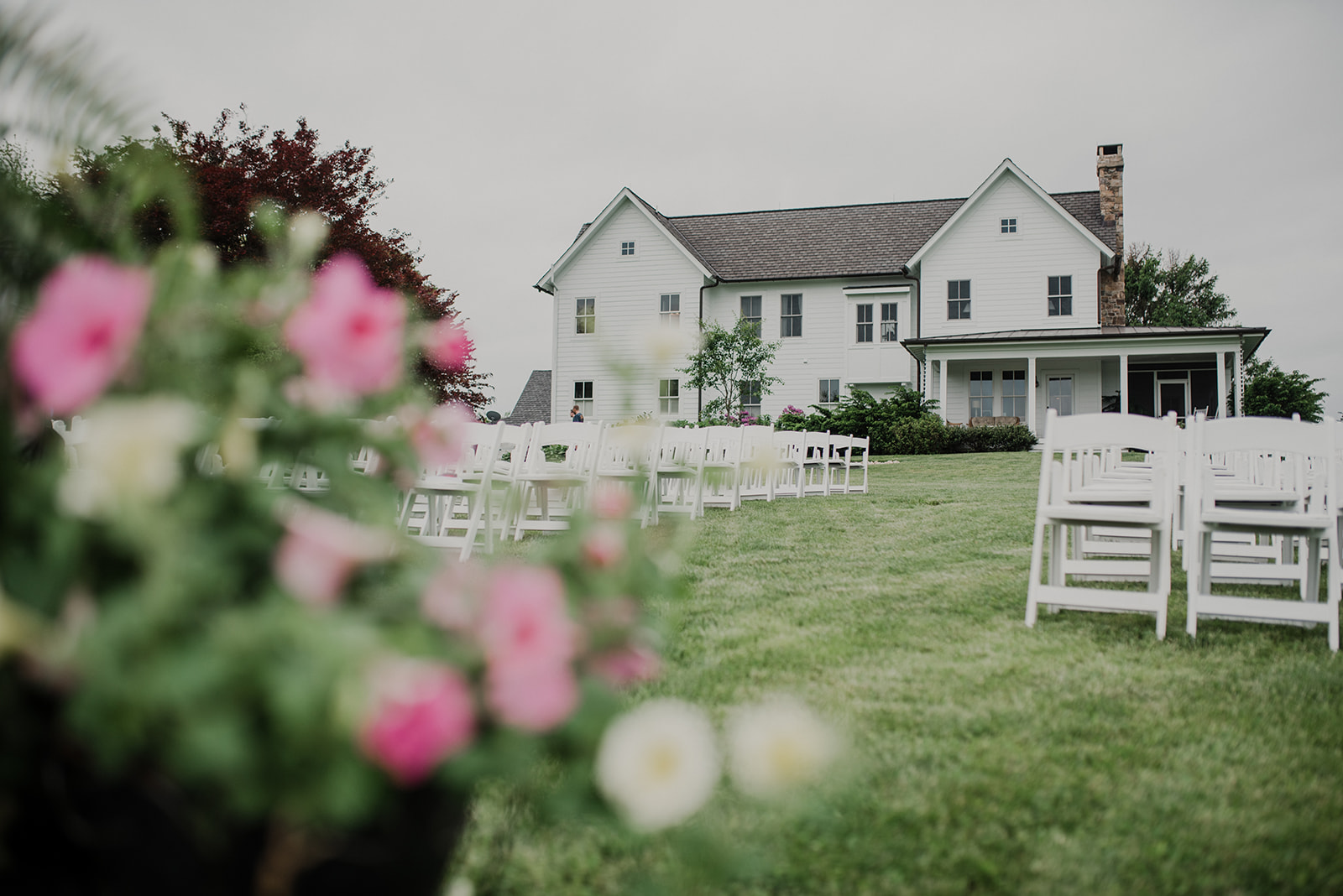 The house at Blue Hill Farm in Waterford, VA sits away from the outdoor wedding ceremony site.