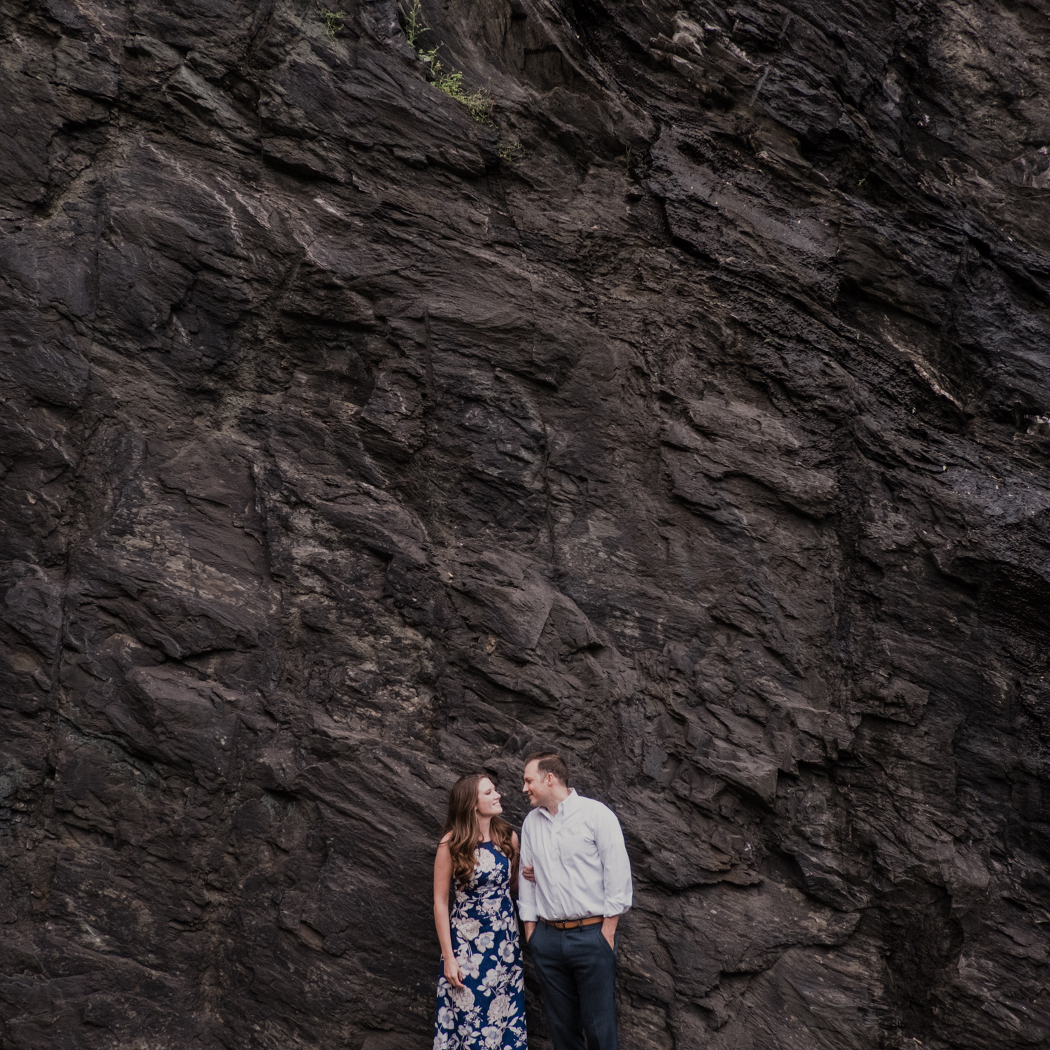 Point of Rocks engagement session along the cliffs
