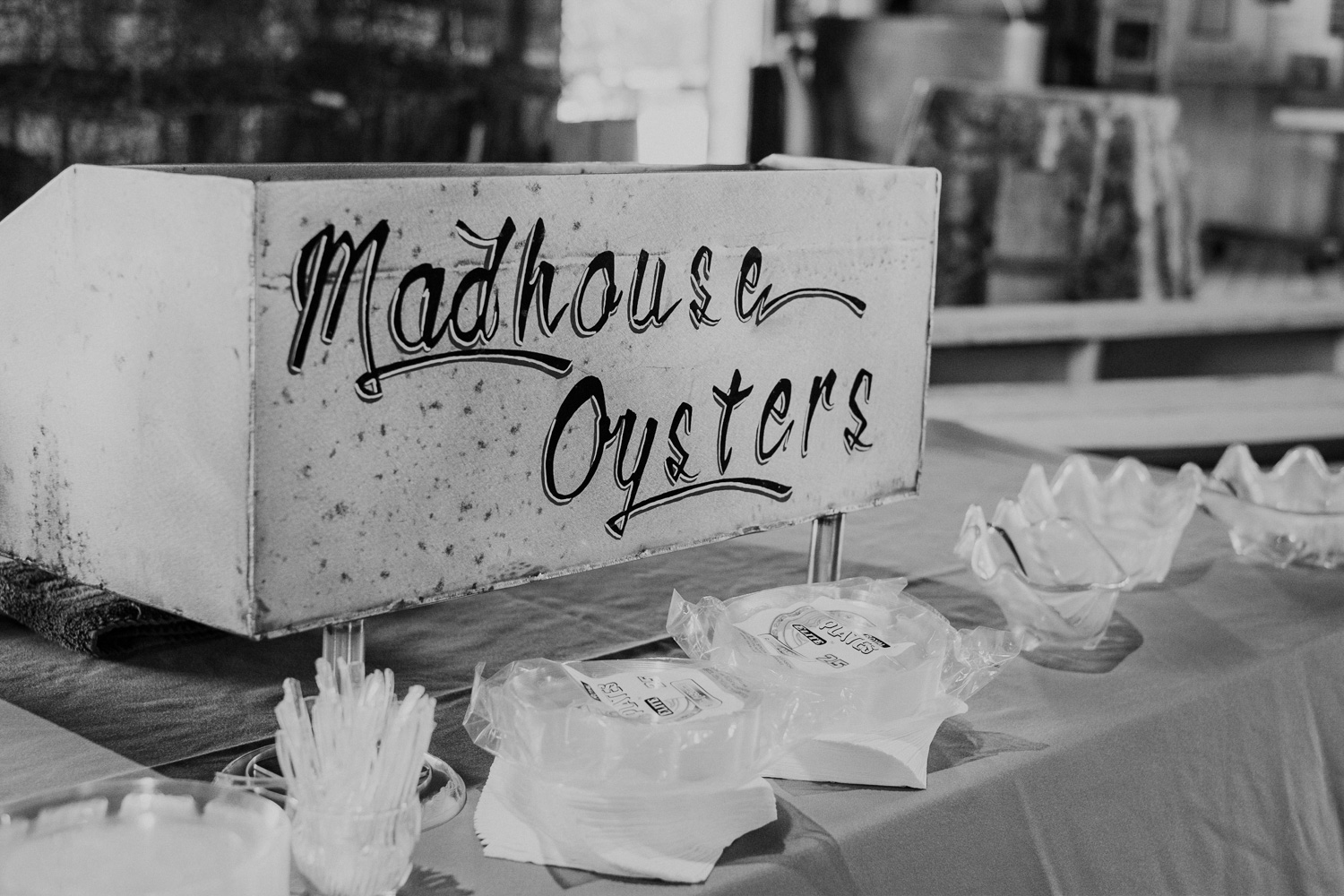 madhouse oysters station for cocktail hour at the Chesapeake bay maritime museum