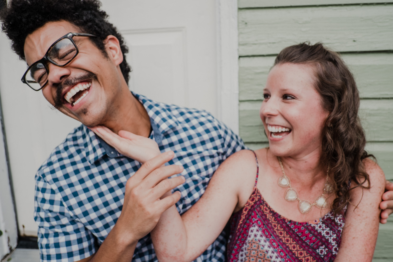 Leesburg engagement photos of happy laughing couple