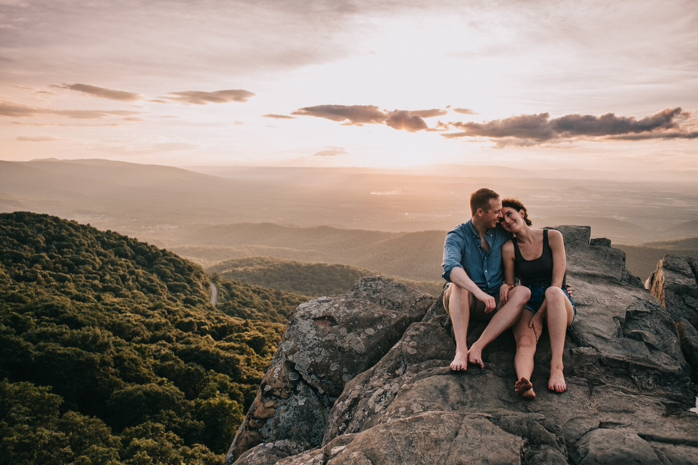 an endless pursuit photography charlottesville mountain engagement -28.jpg