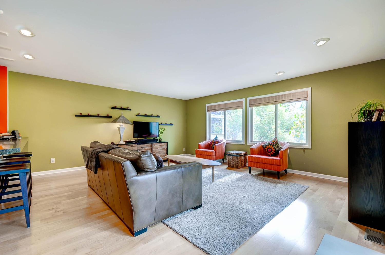 601 Cressman Ct Golden CO-large-004-4-Living Room-1500x997-72dpi