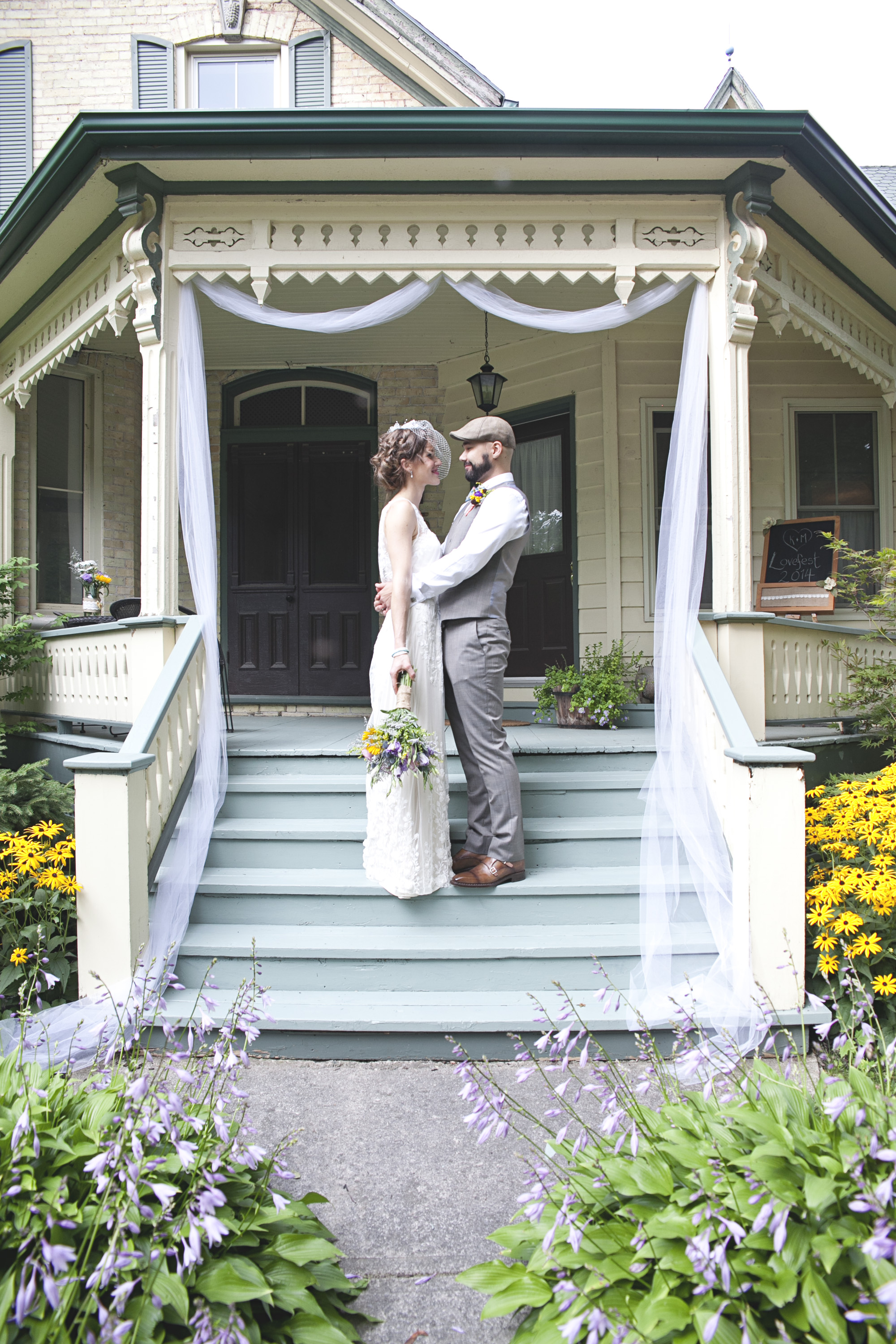 Bride and groom photos at Ontario farm house