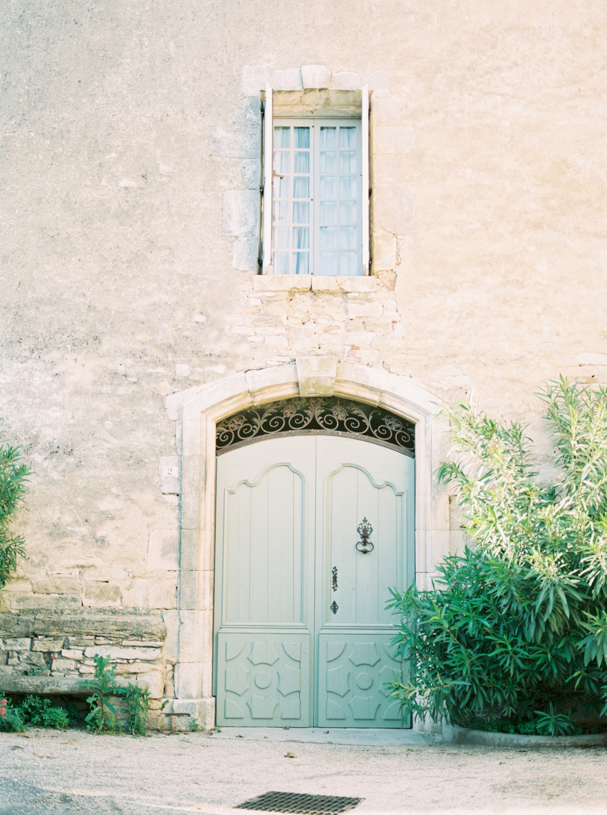 South of France wedding photographer.