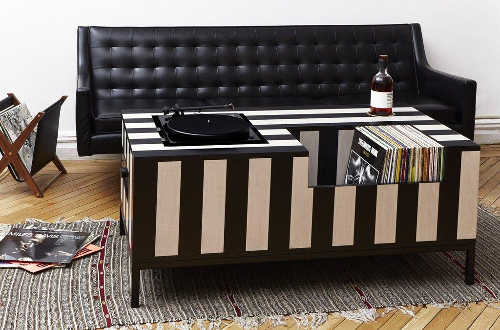 Atocha_Design_Kick_Back_Vinyl_Table_1024x1024.jpg