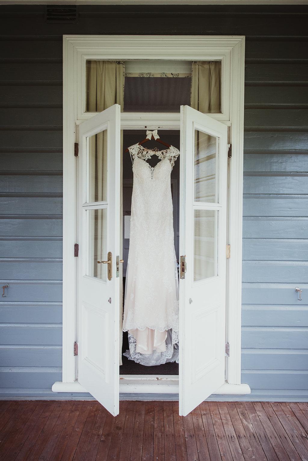Brides Wedding Gown - Wedding Planning Hunter Valley