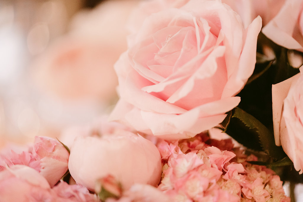 Roses Wedding Centrepieces & Candles - Wedding Flowers & Styling Hunter Valley