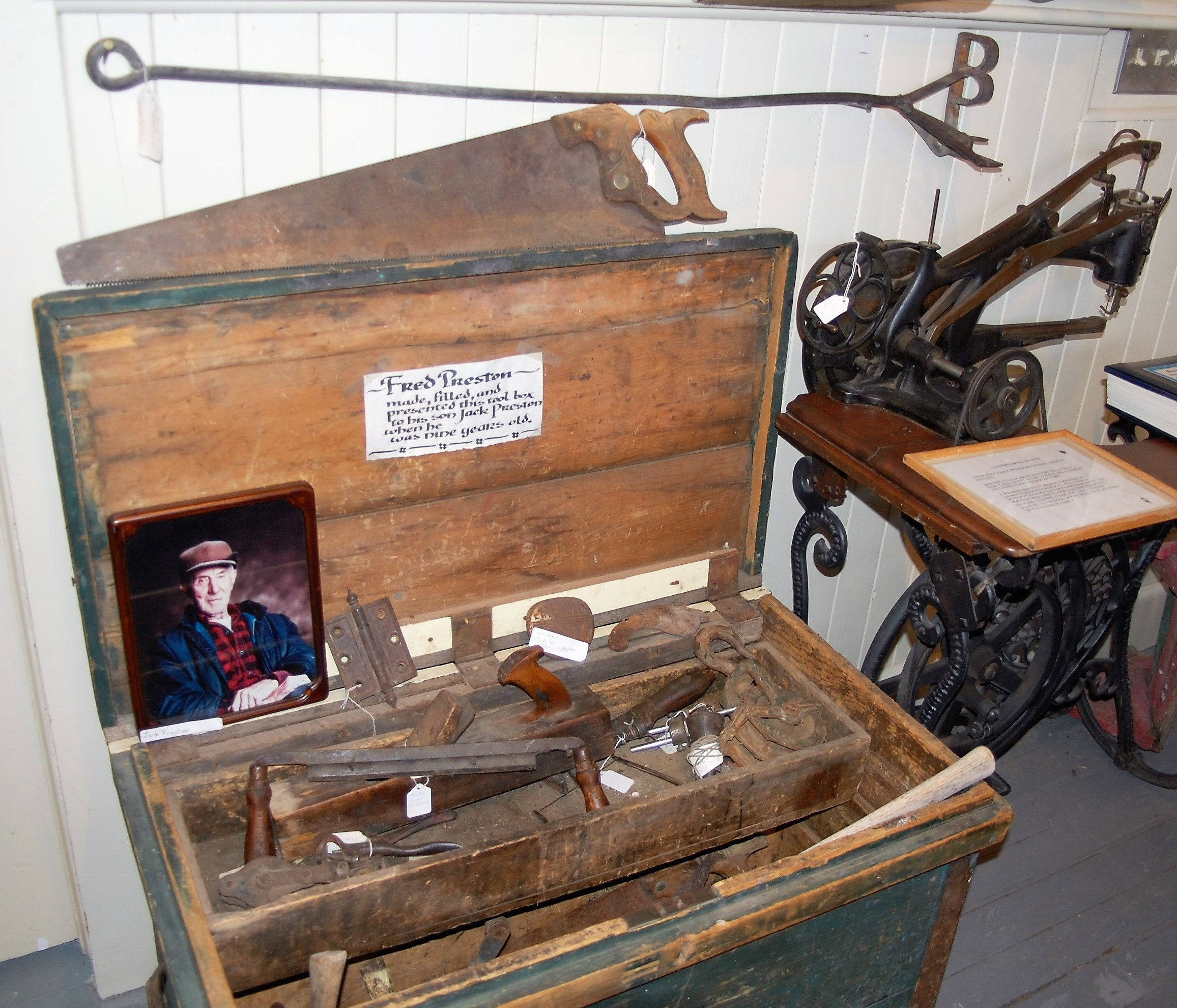 saddles toolbox Preston.JPG