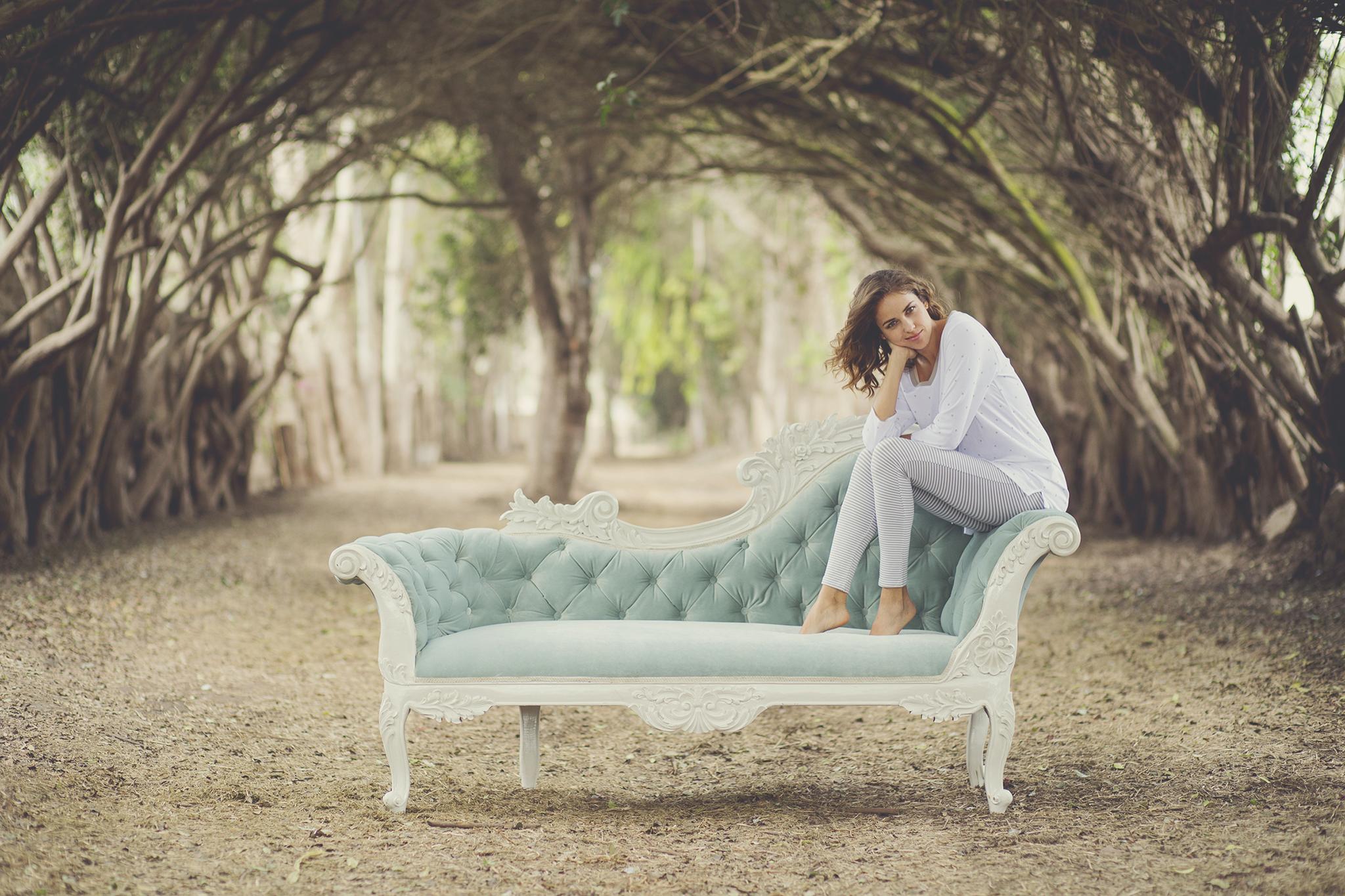 Este es el tercer año que trabajamos para JIJAMAS, una marca de pijamas hechas en Perú que se exportan a USA dirigido en su mayoría para un público norteamericano. Compartimos algunas fotos de la sesión de este año y algunas del año pasado. Abajo de este post, el video que también les hicimos. Modelo: Andrea Hidalgo Producción 2016: Yashmine Cahuas Maquillaje: Magaly Perez