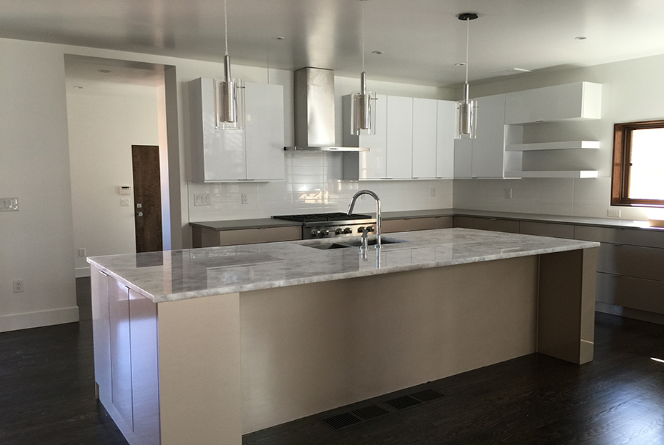 #kitchen pic 2.jpg