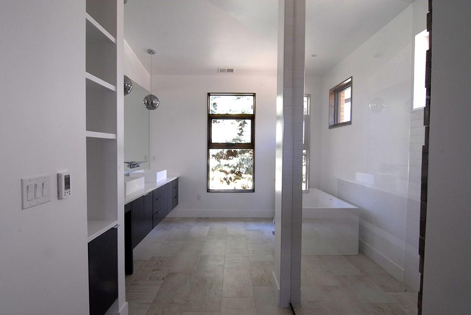 #mstr bath full view pic 7.jpg
