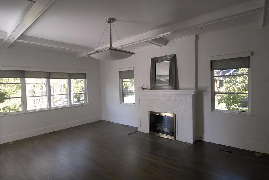 PIC 6.5 Living Room.jpg