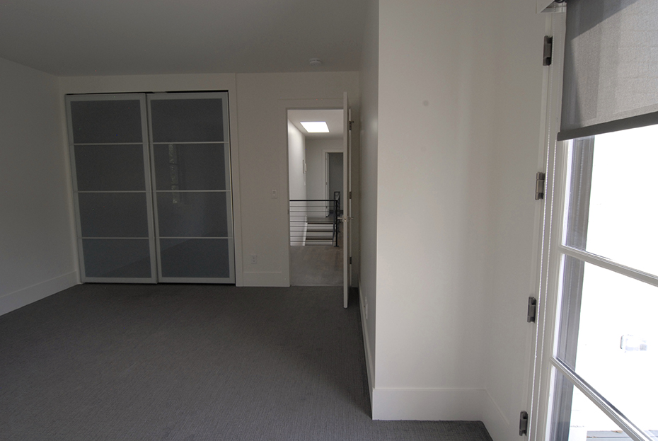 PIC 9 Bedroom.jpg