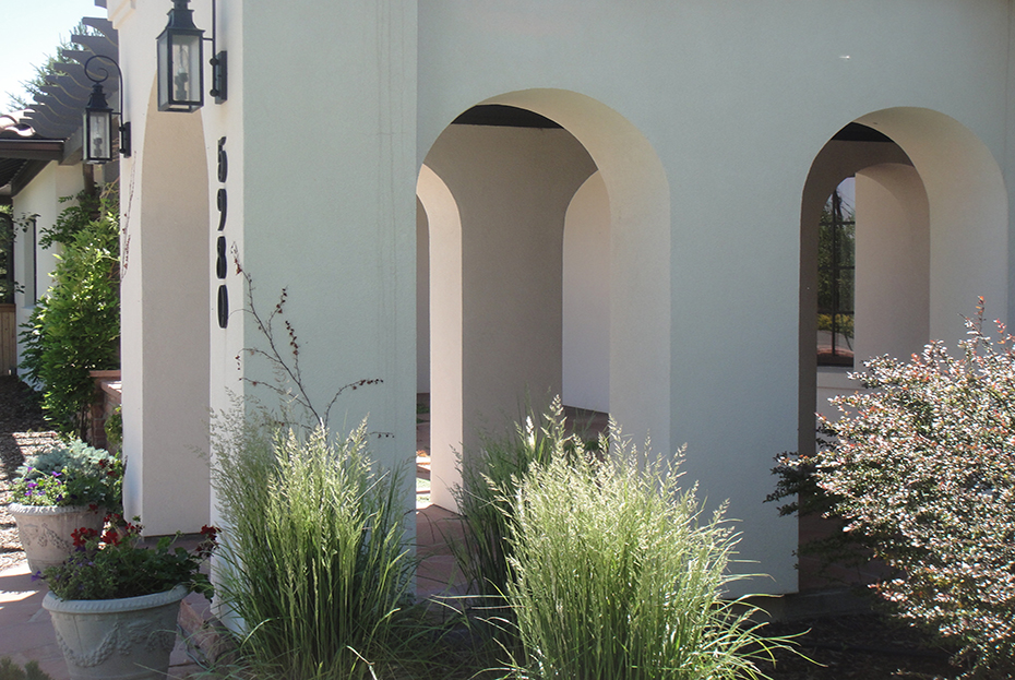 #Front Entry Arches Pic 2.jpg