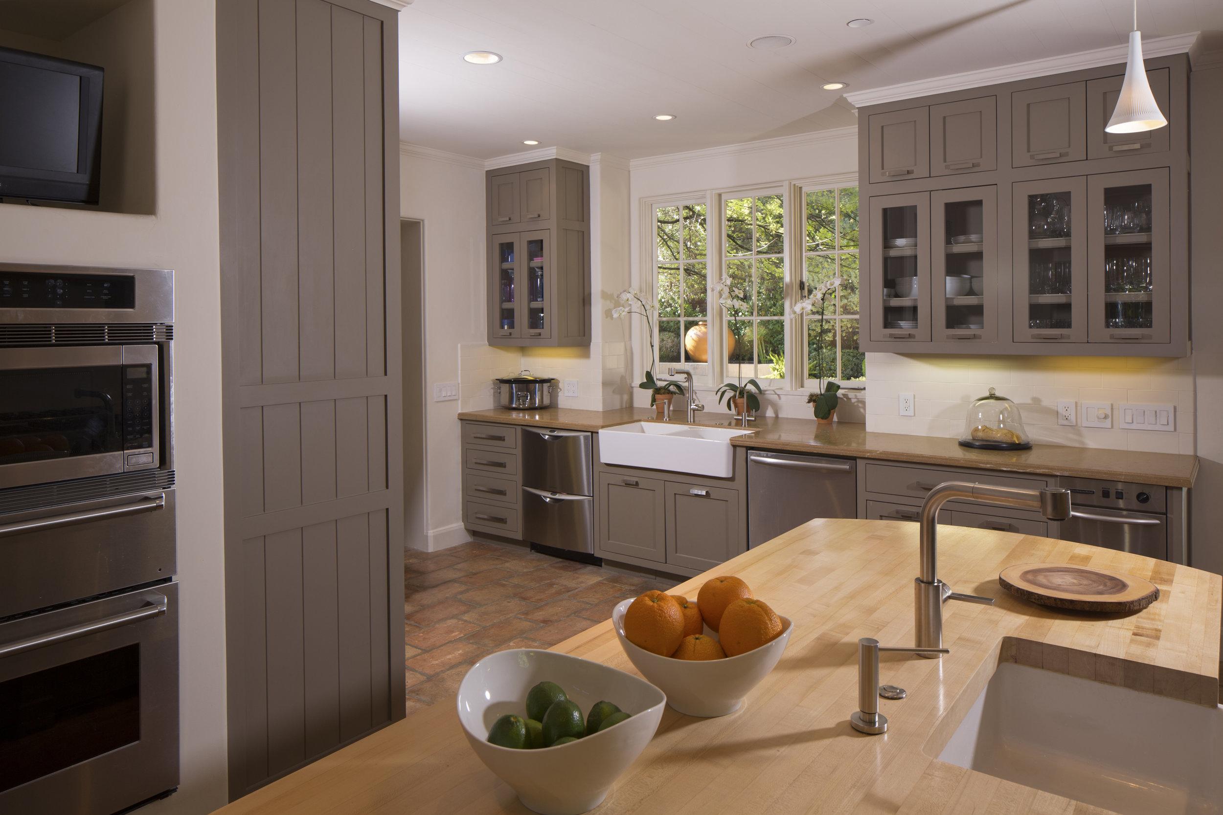 Lago Vista Estate kitchen