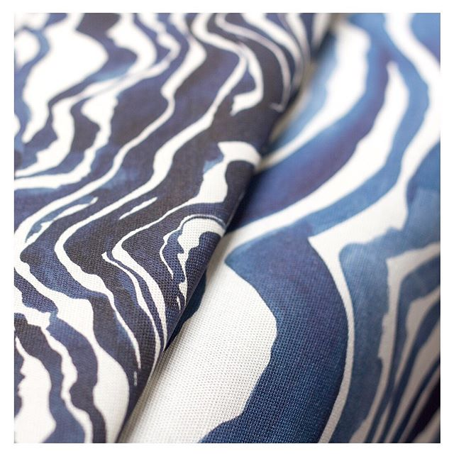 The best lines are the warbly ones...each design starts life as a painting in my studio. I love that even after they are digitally printed to gorgeous linen, they still look like they were painted yesterday. . . . . . . . #interiordesign #sundayfolktextiles #cushions #livingroominspiration #moderninterior #classicinteriors #textiledesign #textiles #textiledesigner #fabric #fabricstore #onlinefabricstore #australiandesigner #livingroominspo #livingroominspiration #masculinedecor #stylishhome #coastaldecor #interiorsaddict #interiordesignersofinsta #interiorlove #colourlove #apartmentdecor #designsponge #designer #apartmenttherapy #hbcreativecollection #thefinderskeepers #sydneyfinderskeepers