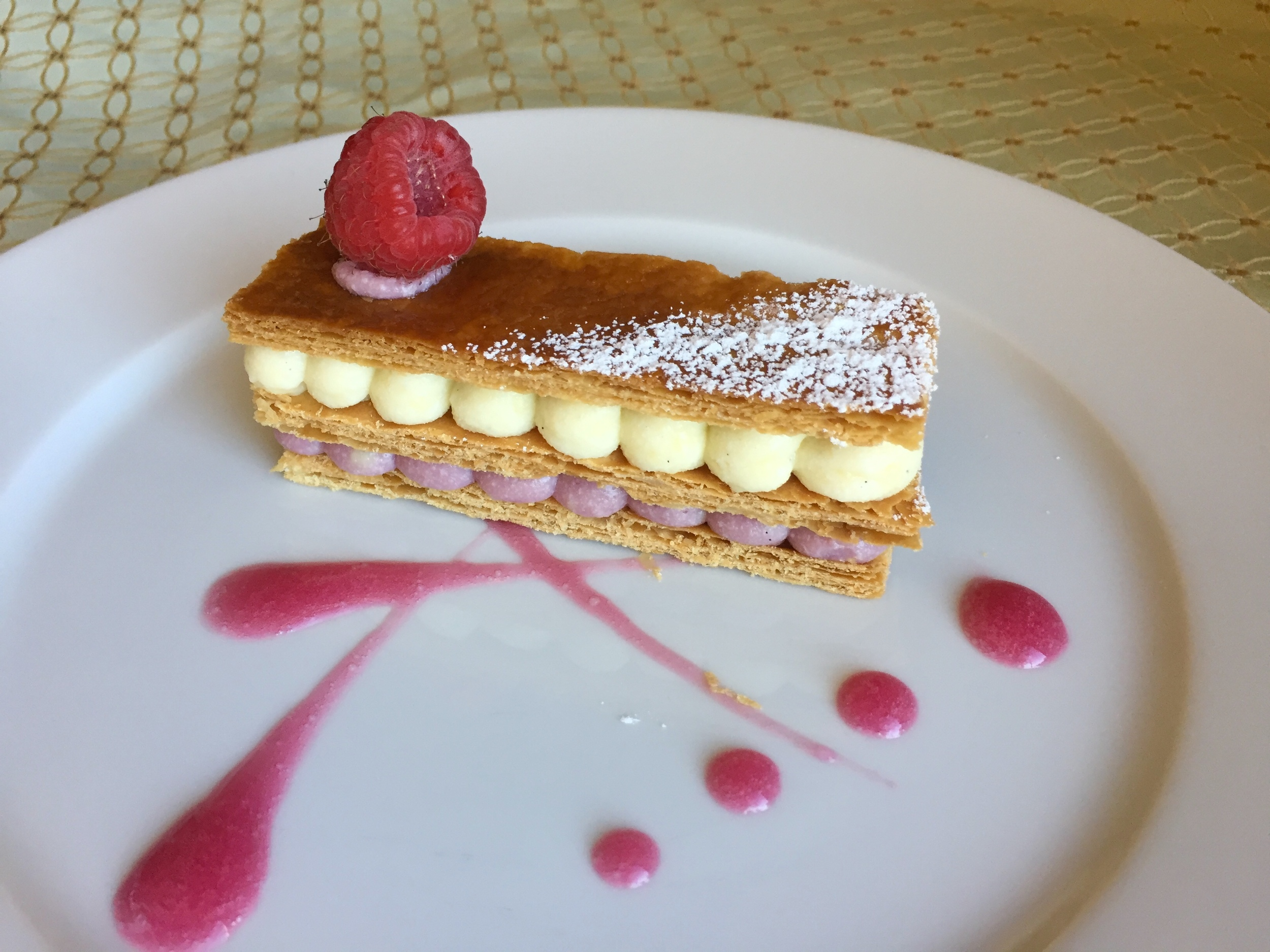Millefeuille Framboise  覆盆子千层酥