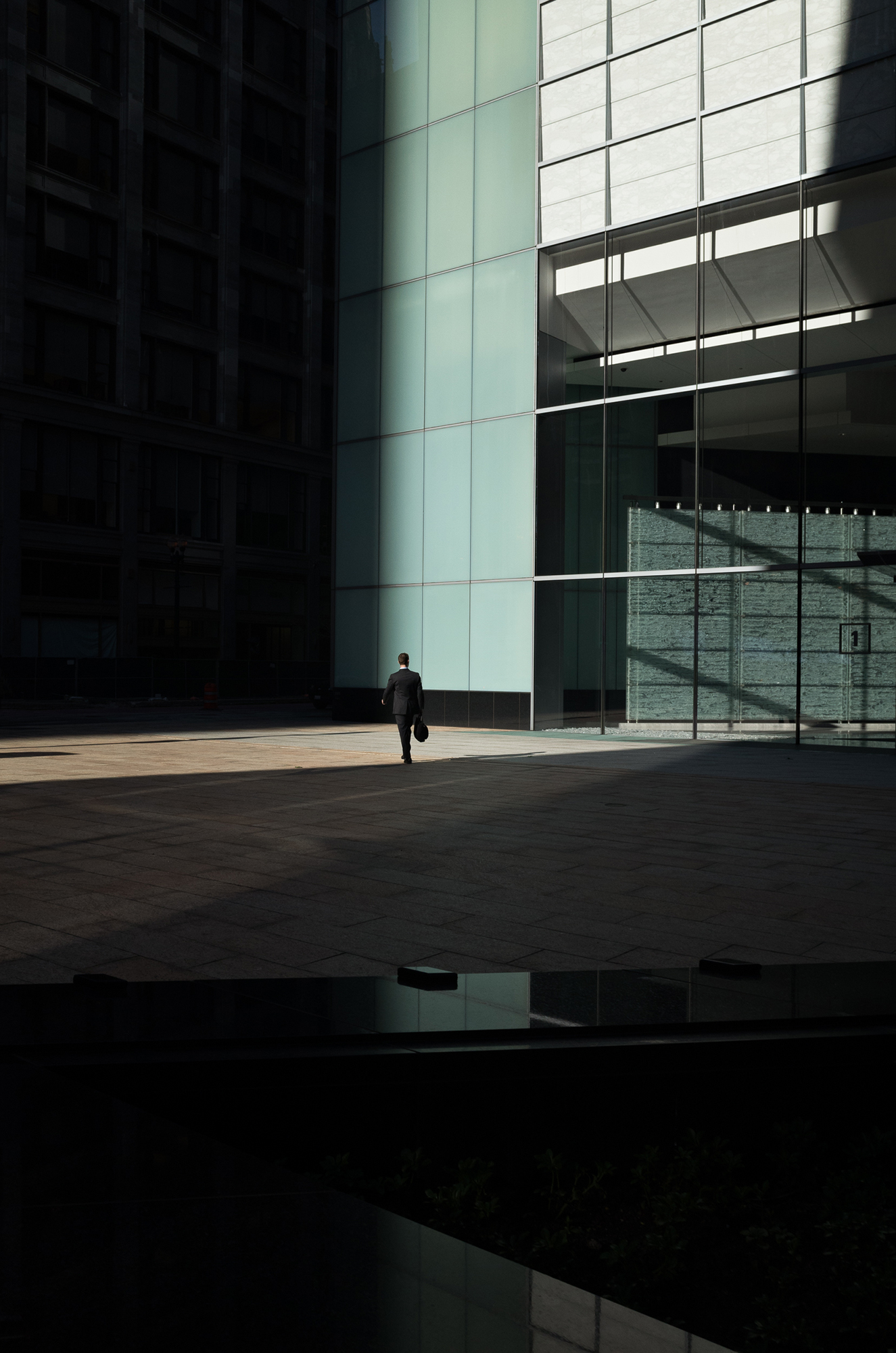 Fernando Villela, Look Forward to See - Untitled (009053), 2015.©Fernando Villela, courtesy Fou Gallery  费尔南多·维利纳,向前预见-无题(009053),2015 © 费尔南多·维利纳,致谢否画廊