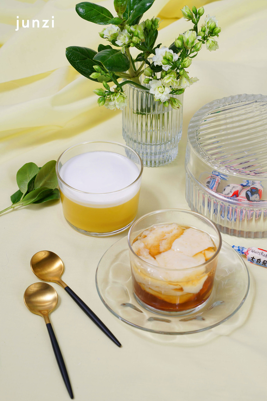 Sweet Silken Tofu and Mango Pudding ©Junzi Kitchen 甜豆花和芒果布丁 ©君子食堂