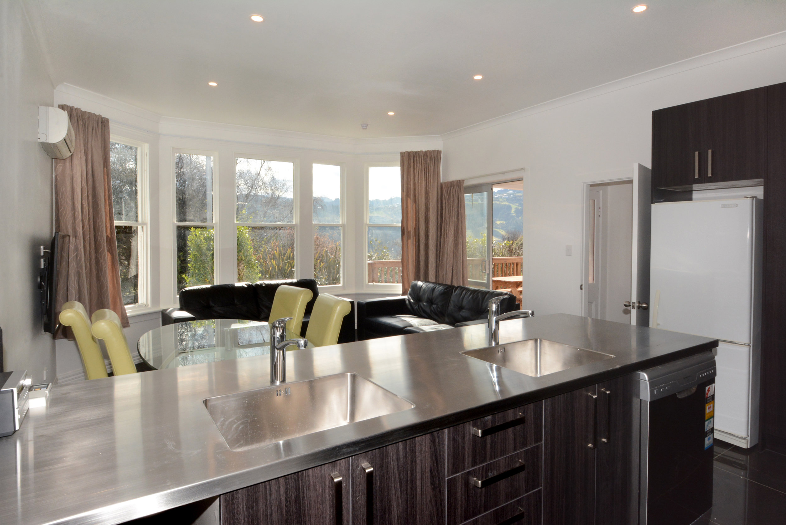 Executive area shared kitchen and lounge