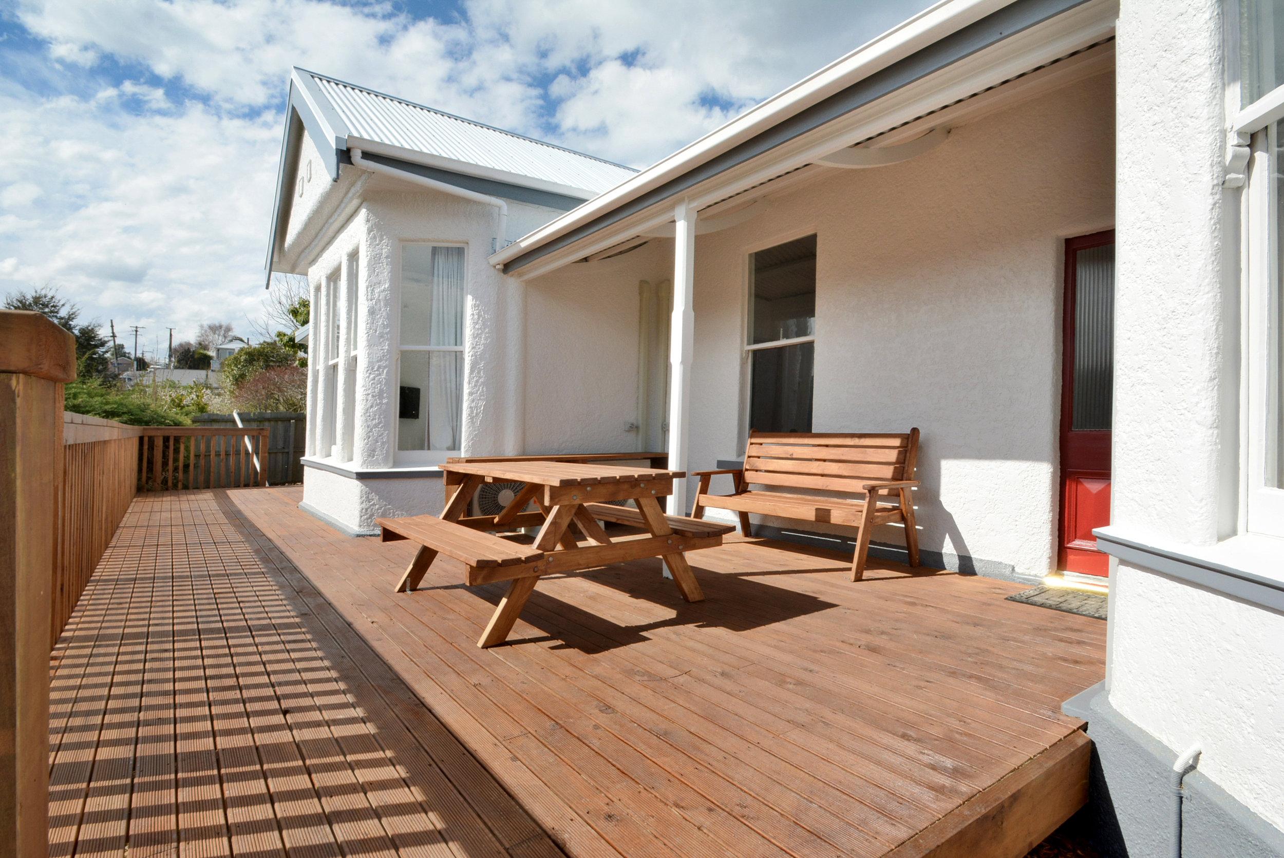 Executive area shared terrace