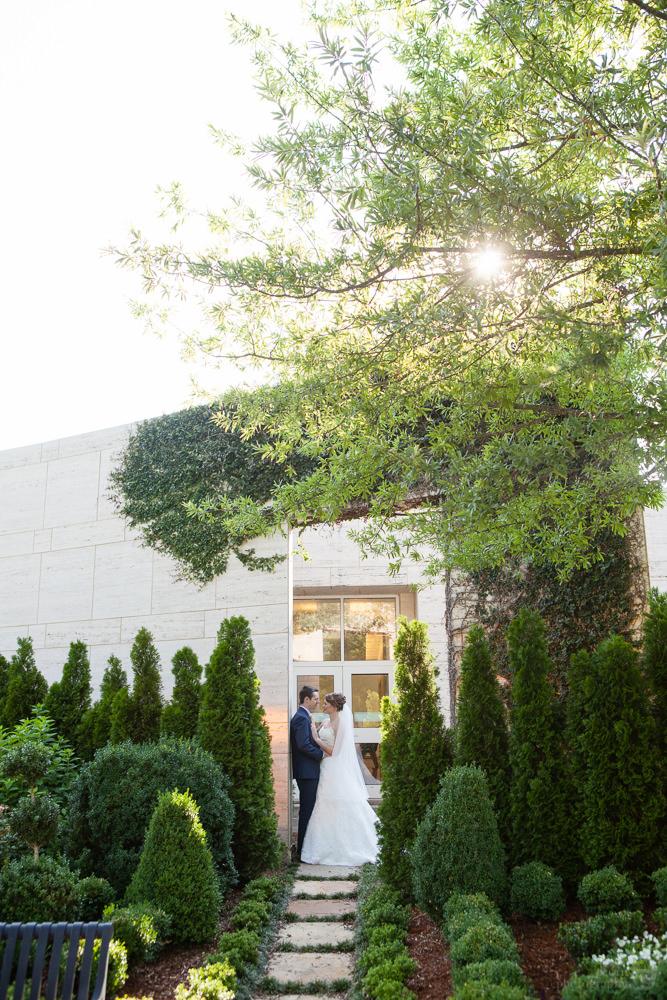 rj_auburn_al_jule_collins_wedding_038.jpg