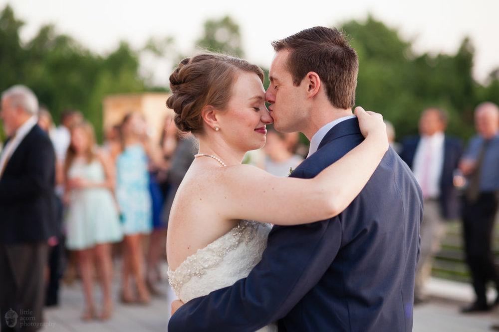 rj_auburn_al_jule_collins_wedding_055.jpg