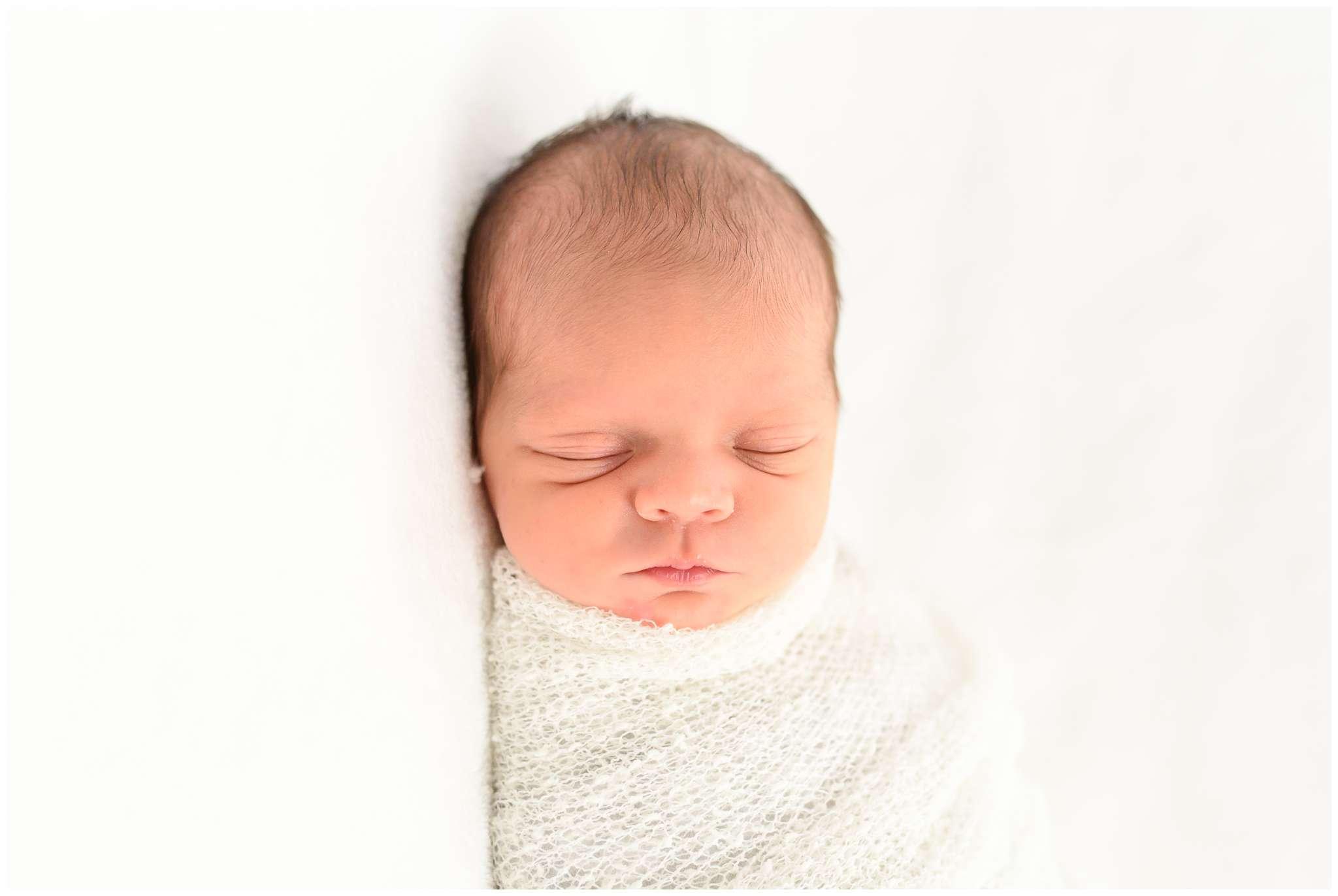 Emery Newborn_2236.jpg