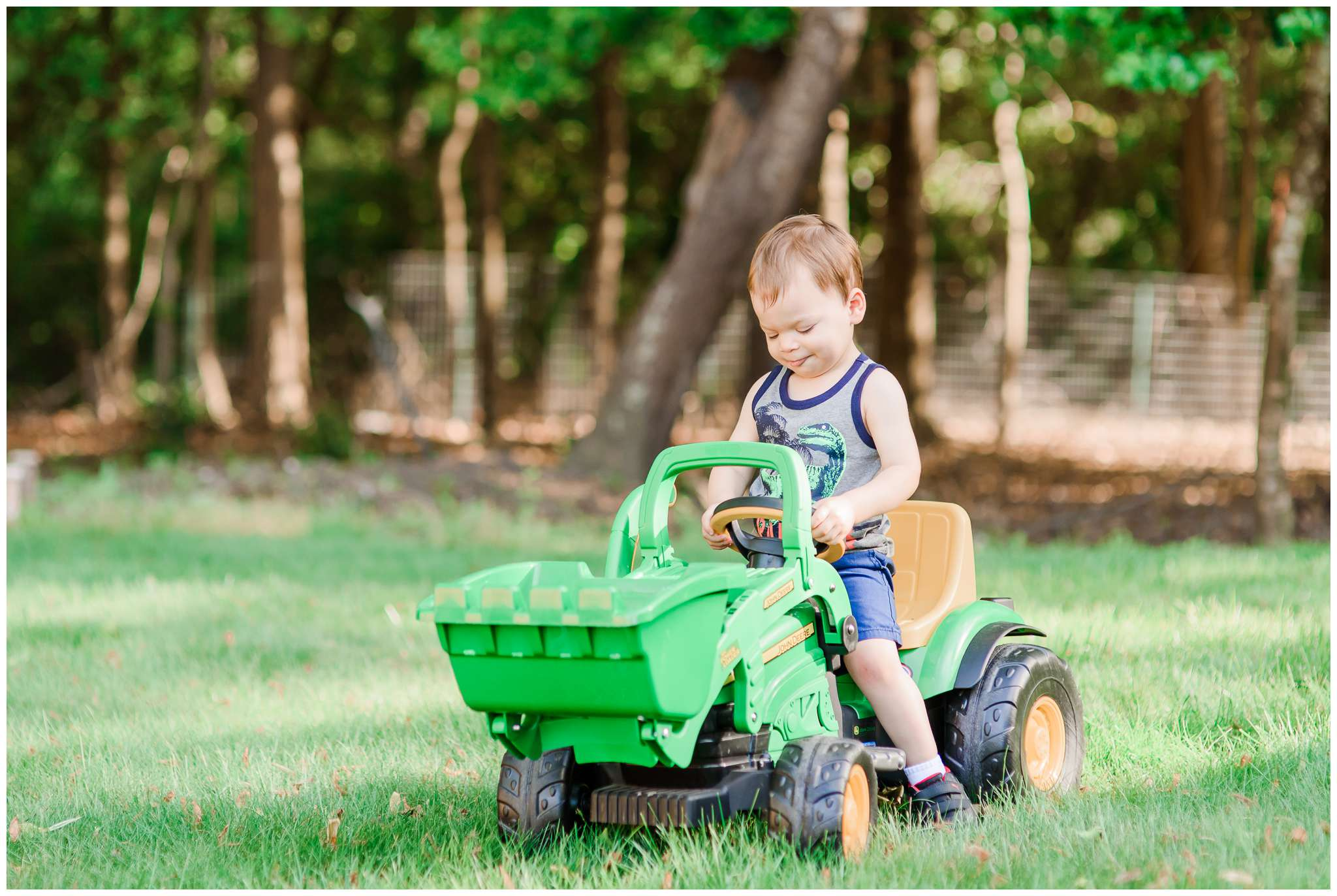 Liam and Tractor_4014.jpg
